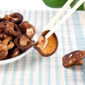 果蔬脆片 休闲食品 VF香菇 整香菇 OEM代加工 —凯达恒业产品